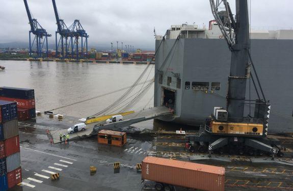 Porto de Itajaí realiza a 5ª operação teste de veículos da montadora General Motors (GM)
