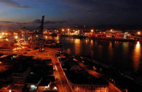 Porto de Itajaí recupera linha da Ásia
