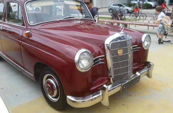 Praça Almirante Tamandaré terá exposição de carros antigos