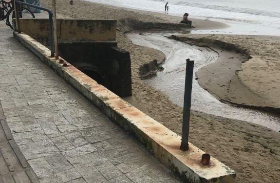 Praia de Cabeçudas em Itajaí segue com trechos sem revitalização