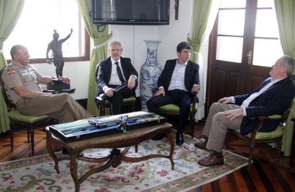Prefeito de BC se reúne com autoridades estaduais de segurança