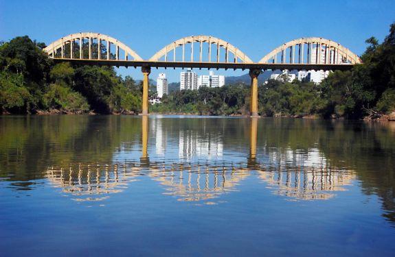 Prefeitura de Blumenau fará revitalização da Ponte dos Arcos