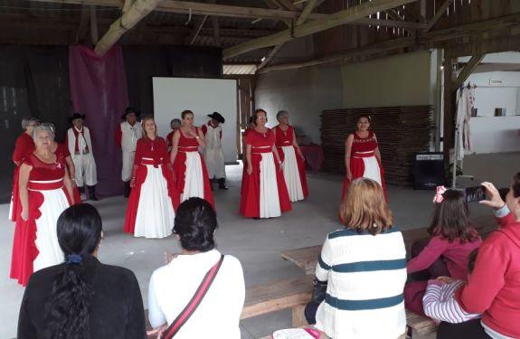Prefeitura de Camboriú promoveu dia de saúde e beleza para agricultoras