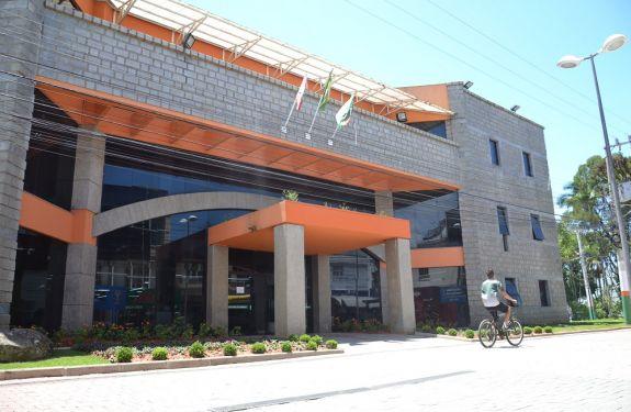Prefeitura de Camboriú tem novo horário de funcionamento