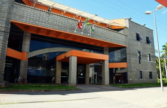 Prefeitura de Camboriú terá novo horário de atendimento a partir de segunda-feira