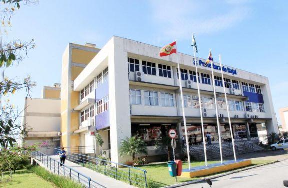 Prefeitura de Itajaí emite nota de Decreto de Contingenciamento