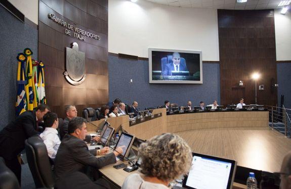Câmara de Itajaí defere constituição de CPI