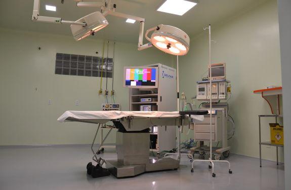 Primeiras cirurgias são realizadas no hospital de Camboriú
