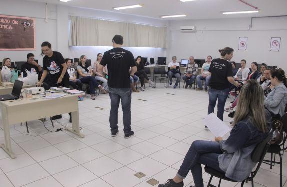 Profissionais de saúde participam de oficina da Estratégia Amamenta e Alimenta Brasil