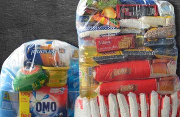 Profissionais de Unidade de Saúde arrecadam alimentos para famílias carentes de Camboriú