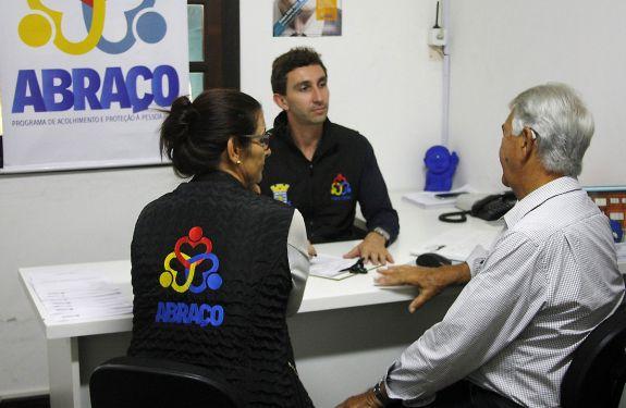 Programa ABRAÇO de Proteção ao Idoso será premiado nacionalmente