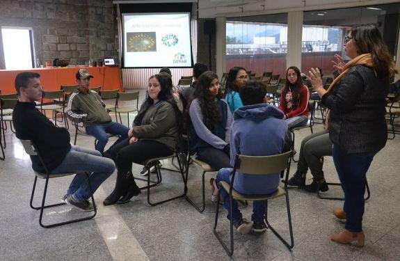 Camboriú: Programa Jovem Aprendiz promoverá palestra sobre empregabilidade jovem