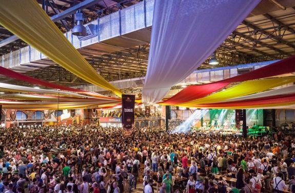 Público da 34ª Oktoberfest supera o da edição de 2016