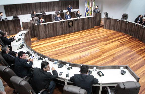 Quatro projetos aprovados na sessão desta terça (24) em BC