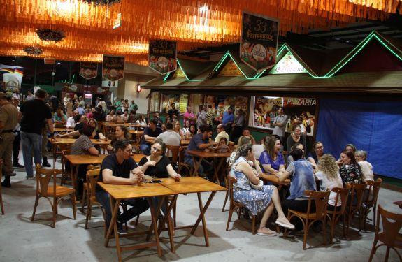 Reforma do Pavilhão da Fenarreco é entregue à População