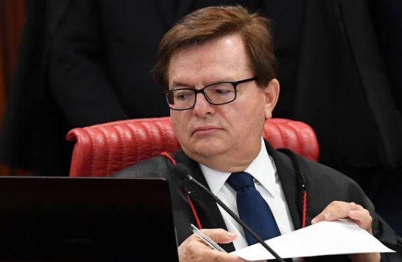 Relator vota pela cassação da chapa Dilma-Temer no julgamento do TSE