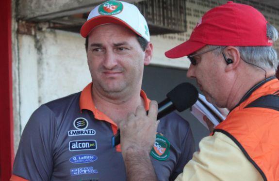 Rodrigo Cascca deixa o comando do Camboriú FC