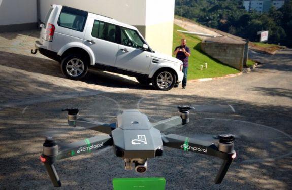 Startup catarinense testa entrega de documentos através de drone