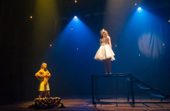 Teatro, música e dança nos palcos do Teatro Carlos Gomes