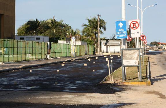 Trecho da Avenida Joca Brandão é interditado para obras de macrodrenagem