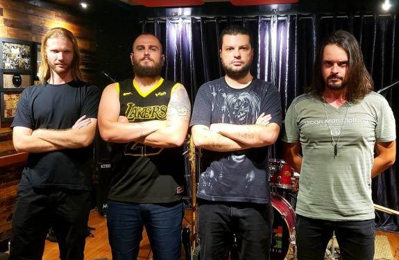 Tributo ao Metallica estreia no Didge BC nesta sexta-feira