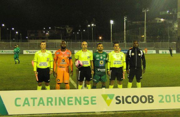 Tricolor conhece a primeira derrota em 2018: 2x0