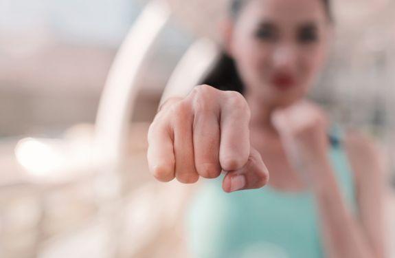 UniAvan promove curso gratuito de defesa pessoal para mulheres