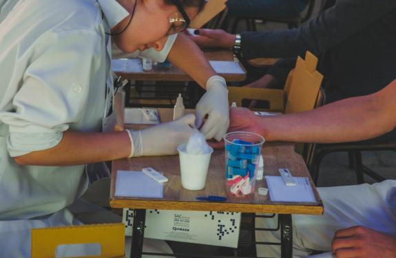 Univali realiza testagem para infecções sexualmente transmissíveis em Itajaí