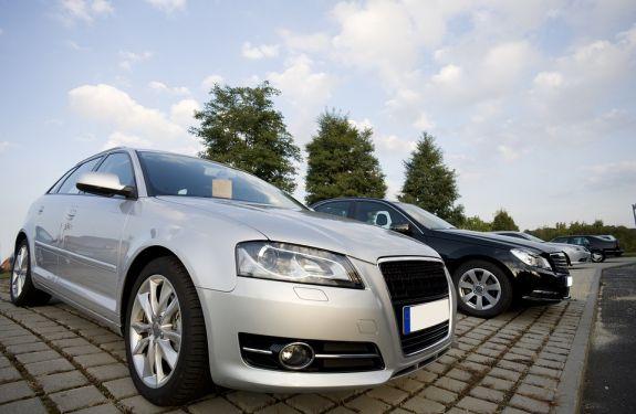 Vendas de automóveis e comerciais leves crescem 9,31%