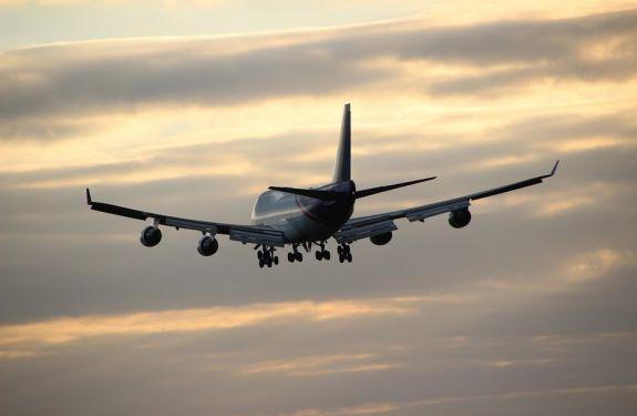 Vereador pede redução de imposto em combustível para aeronaves