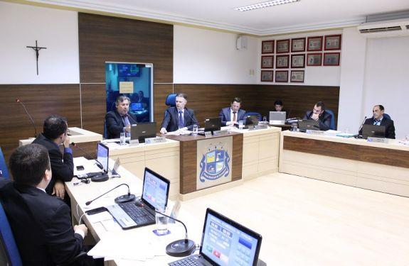 Navegantes: Vereadores requerem cadeiras em Conselho