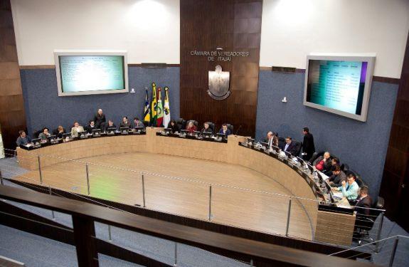 Vereadores Murilo e Paulinho pedem que prefeitura de Itajaí faça levantamento de imóveis em situação irregular
