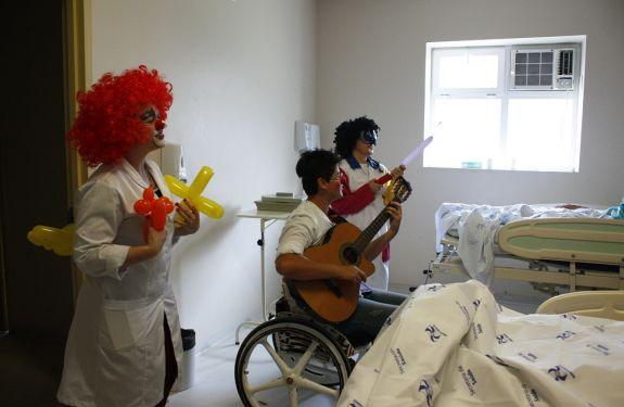 Voluntários realizaram intervenções culturais no Ruth Cardoso