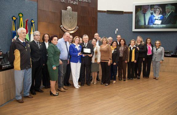 Câmara homenageia Associação dos Lions Clubes pelo centenário