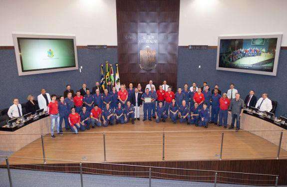 Corpo de Bombeiros de ITJ recebe moção pelos 55 anos de serviço