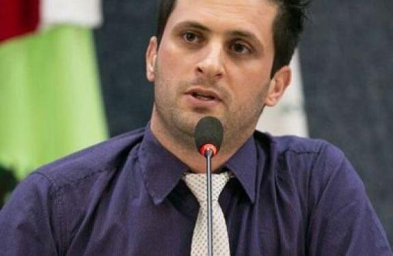 Vereador Fernando Pegorini reivindica instalação de torres de telefonia no interior do município