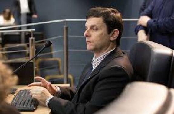 Vereador Marcelo Werner (PCdoB) pede visita do governador