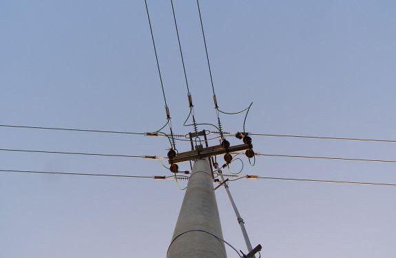 Vereador pede manutenção na rede elétrica do bairro Cidade Nova