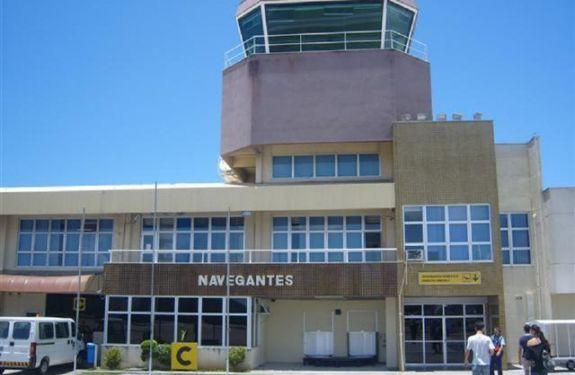 Vereador solicita inclusão do aeroporto de Navegantes no plano de concessões