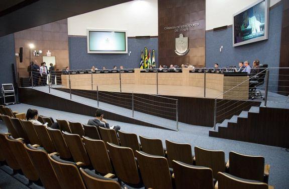Vereador solicita informações sobre atendimento médico no município