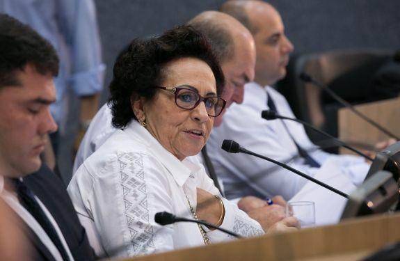 Vereadora sugere termo de cooperação entre Autopista e CIS