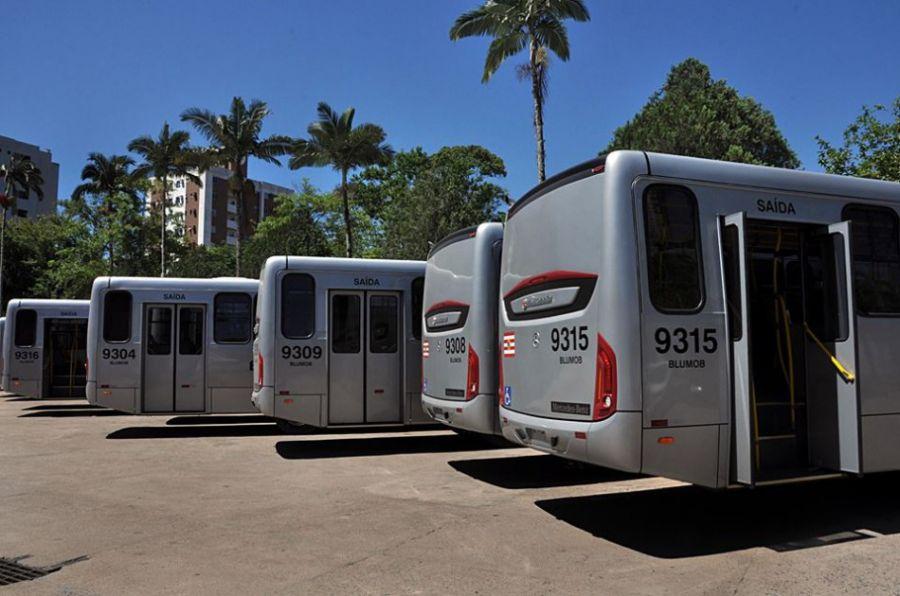 1b875c0747 Blumenau  Frota do transporte coletivo recebe 19 ônibus 0 KM ...